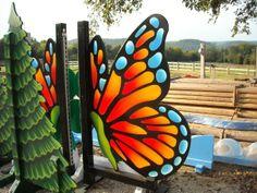 Butterfly Horse Jumping Standard