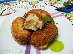 Croquetas gouda+wasabi: - 1/2 cebolla - 2 vasos de leche - 200gr queso gouda - 6 cd colmadas de harina - 3 cd de wasabi (o al gusto) - aceite y mantequilla - 1 huevo - pan rallado