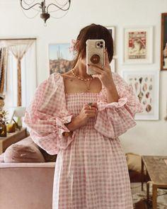 """Atlanta"" Linen Dress in Pink Vichy B Fashion, Korean Fashion, Modest Fashion, Fashion Dresses, Fashion Design, Muslim Fashion, Mode Jeans, Looks Vintage, Summer Looks"