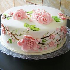 26 trendy ideas for cupcakes decoration ideas design buttercream flowers 318629742388179195 Pretty Cakes, Cute Cakes, Beautiful Cakes, Amazing Cakes, Cake Icing, Cupcake Cakes, Decoration Patisserie, Buttercream Flowers, Painted Cakes