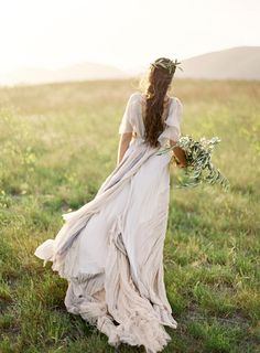 Greek Goddess Styled Shoot by Jose Villa Photography Boho Wedding, Wedding Gowns, Dream Wedding, Boho Bride, Wedding Bride, Greek Style Wedding Dress, Perfect Wedding, Wedding Ceremony, Ethereal Wedding Dress