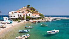 Somnul sub cerul liber ...aaa sub Aurora Boreală | momomdo Descoperă Mykonos, Santorini, Wonderful Places, Beautiful Places, Samos Greece, Places To Travel, Places To Visit, Best Greek Islands, European Holidays