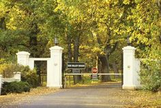 The entrance to Oak Valley