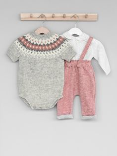 Fair isle body suit knitting pattern for baby and kids Knitting For Kids, Baby Knitting Patterns, Diy Knitting Projects, Baby Cardigan, Kids Wear, Children Wear, Baby Sweaters, Doll Clothes, Knit Crochet