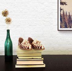 Room Decor - Rosário Perla Castaña. #huaras #handcraftedshoes #decor #roomdecor