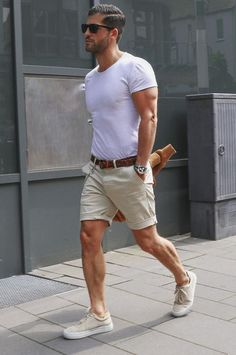 This Mens summer casual short outfits worth to copy 5 image is part from 75 Best Mens Summer Casual Shorts Outfit that You Must Try gallery and article, click read it bellow to see high resolutions quality image and another awesome image ideas. Summer Fashion Outfits, Casual Summer Outfits, Short Outfits, Fashion Ideas, Style Fashion, Fashion Guide, Fashion Rings, Fashion Sale, Mens Smart Summer Outfits