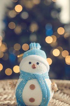 Bokeh snowman