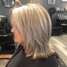 Haircuts For Over 60, Layered Haircuts For Women, Haircuts For Thin Fine Hair, Short Medium Layered Haircuts, Medium Shaggy Hairstyles, Layered Haircuts Shoulder Length, Shoulder Length Hair, 50 Year Old Hairstyles, Over 60 Hairstyles