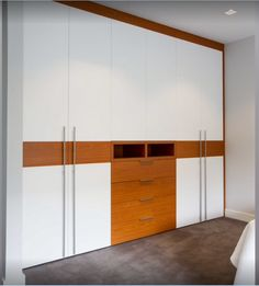 Hot sale china made cheap bedroom set wardrobe in lacquer finish