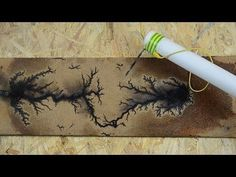Wood burning crafts - Detailed instructions for using high voltage electricity to burn Lichtenberg figures, sometimes referred to as fractal patterns, Wood Burning Crafts, Wood Burning Patterns, Wood Burning Art, Burning Wood Finish, Diy Wood Projects, Wood Crafts, Woodworking Projects, Diy And Crafts, Woodworking Classes