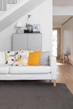 Pentik is an international interior design retailer, who wants to bring northern beauty and cosiness to homes. Cushions, Couch, Colours, Interior Design, Pattern, Egg, Trends, Furniture, Home Decor