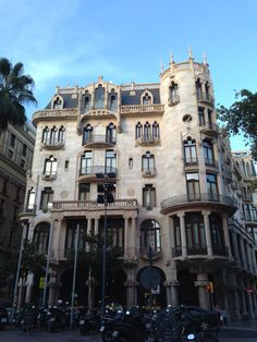Casa Fuster Barcelona Hotels, Hotel Reviews, Hostel, Travel Tips, Buildings, Mansions, Architecture, House Styles, Home Decor