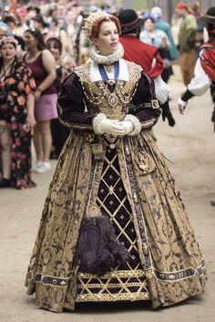 Renaissance Fair Costume, Renaissance Dresses, Vintage Clothing, Vintage Outfits, Elizabethan Era, Fantasy Costumes, Jacobean, Tudor, Costume Ideas