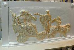 Trionfo Dioniso Arianna Bianco  Altorilievo realizzato e decorato a mano con patina su legno.  #artigianato #madeinitaly #legno #gesso