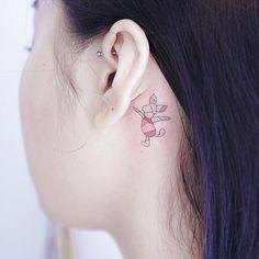 Uplifting Winnie the Pooh Tattoos Astrology Tattoo, Pisces Tattoos, Body Art Tattoos, Small Tattoos, Sleeve Tattoos, Tatoos, Piglet Tattoo, Winnie The Pooh Tattoos, Knight Tattoo