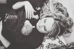 Newborn, Lifestyle, Memories, Family, Hair, Mommy and Me Photo  © Yvonne Photography by Rachel Hayes