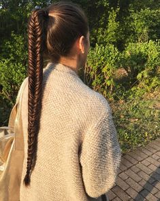 Pin by Crystal Alexander on Fashion in 2019 Braided Ponytail Hairstyles, Hairstyles Haircuts, Pretty Hairstyles, Fishtail Braids, Beautiful Braids, Beautiful Long Hair, Rapunzel, Futuristic Hair, Cool Braids