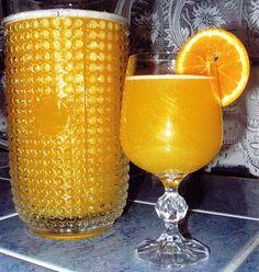 Domácí pomerančový džus Hurricane Glass, Alcoholic Drinks, Food And Drink, Tableware, Syrup, Liquor Drinks, Dinnerware, Hurricane Candle, Dishes
