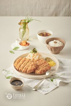 코바코 Luxury Food, Food Photography Tips, Food Platters, Food Drawing, Food Reviews, Menu Restaurant, Food Menu, Tasty Dishes, Food Styling