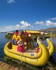 Tradicional boat at Uros Floating Islands in #Puno #Laketiticaca #SouthAmericaTrip #travelwithnest