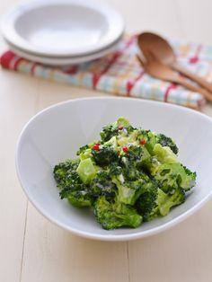 ブロッコリー&チーズ by 西山京子/ちょりママ 「写真がきれい」×「つくりやすい」×「美味しい」お料理と出会えるレシピサイト「Nadia | ナディア」プロの料理を無料で検索。実用的な節約簡単レシピからおもてなしレシピまで。有名レシピブロガーの料理動画も満載!お気に入りのレシピが保存できるSNS。