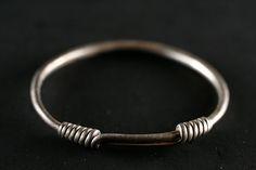 HARTA COMORII Bracelets, Silver, Jewelry, Minimalist, Jewlery, Jewerly, Schmuck, Jewels, Jewelery