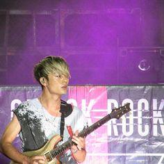 SOUND LIVE FEELS LIVE//Jacksonville 7.20.16 #oneokrock #fivesecondsofsummer #music #love #photooftheday #michaelclifford #ashtonirwin #calumhood #lukehemmings #concertphotography  @karen.may.clifford #soundgoodfeelsgood #soundslivefeelslive #soundslivefeelslivetour #michaelclifford #slfl2016  #slfljax  #concert #livemusic #japan #slfl #musicphotography #bands #amazing #5sosfan #5sosfam #soundsgoodfeelsgood #5sosfamily #5sosfan @lizhemmings #canon #toru @toru_10969
