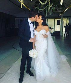 Formal Wedding, Dream Wedding, Wedding Day, Ivory Wedding, Cute Wedding Ideas, Wedding Pictures, Bridal Dresses, Ball Gowns, Mermaid