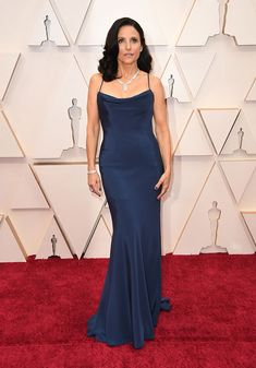 What they're wearing on the Oscars 2020 red carpet - Vogue Australia Christian Siriano, Vestidos Christian Dior, Dior Haute Couture, Armani Prive, Vera Wang, Lilly Singh, Emma Style, Julia Louis Dreyfus, Oscar Fashion