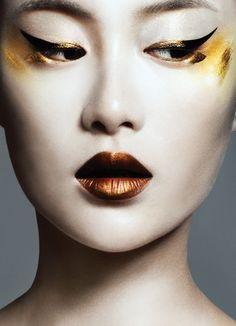 Photographer: Bojana Tatarska. I really love the bronze lip!