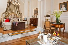 """Grand Hotel Majestic """"già Baglioni""""  Luxury hotel 5 stars Bologna Italy, Leading Hotel"""