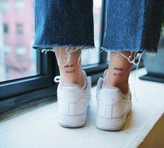 exterior & interior . . #tattoo #tattoodesign #letteringtattoo #lettering #koreatattoo #nandotattoo #타투 #타투도안 #레터링타투 #레터링 #발목타투 #타투이스트 #난도타투