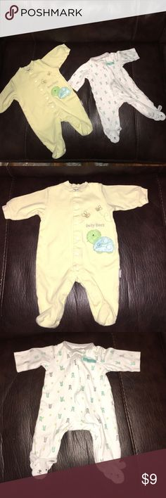 Carter's Sleeper Bundle Size 3 months 2 Carter's baby sleepers size three months very gently worn in great shape.. Carter's One Pieces