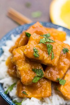 Vegan copycat recipe of Panda Express Orange Chicken, made healthy! A fresh, easy orange sauce paired with crispy no fry tofu. Serve over brown or white rice. Healthy Asian Recipes, Vegetarian Recipes, Cooking Recipes, Chinese Tofu Recipes, Healthy Food, Kid Recipes, Chinese Food, Healthy Meals, Yummy Recipes