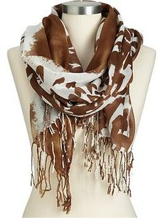 Old Navy's range of women's scarves includes knit scarves, striped scarves, embroidered scarves, and more. Available in a range of lovely colors and patterns, pick a scarf that fits your style. How To Wear Scarves, Wearing Scarves, Knit Cardigan Pattern, Animal Print Scarf, Scarf Jewelry, Striped Scarves, Sweater Set, Womens Scarves, Autumn Winter Fashion