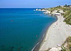 #spiaggia di Cava dell'isola - #Ischia