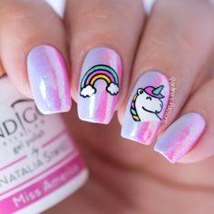 Nail Art Essentials POWDER PINK IRIDESCENT UNICORN MUSIC FESTIVAL NAIL #nailart #naildesign #diyfashion #pink #unicornnails