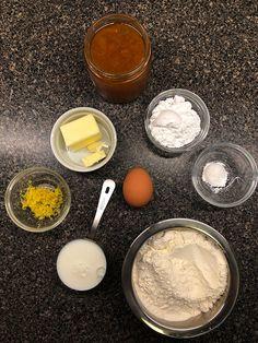 Kuchen de mermelada – Mi Diario de Cocina Glass Of Milk, Baking, Food, Spaces, Homemade Cupcake Recipes, Cooking, Sugar Flowers, Bakken, Essen