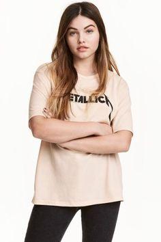 T-shirt avec impression: T-shirt en jersey de coton mélangé avec impression devant.
