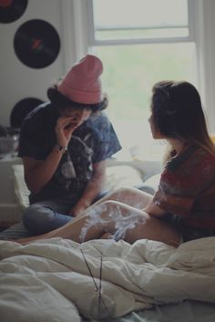 stoner couples dont fight about it, they smoke about it, and then forget about it. Relationship Pictures, Couple Relationship, Cute Relationship Goals, Cute Relationships, Skater Couple, Grunge Couple, Teen Romance, Passionate Love, Stoner Girl
