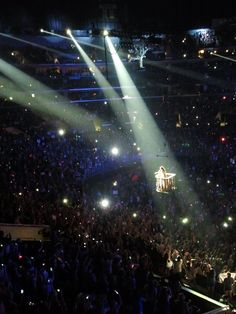 One of the best parts of her speak now concert was when she sang love story from her balcony over the crowd.