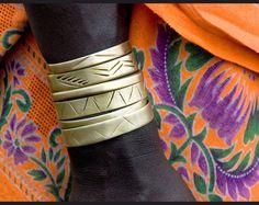 . African Jewelry, Tribal Jewelry, Unique Jewelry, Leather Jewelry, Orange Twist, African Fashion, African Style, Bangle Bracelets, Fashion Beauty