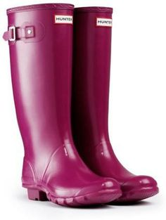 Great color! Hunter Huntress Gloss Rain Boots in Violet.