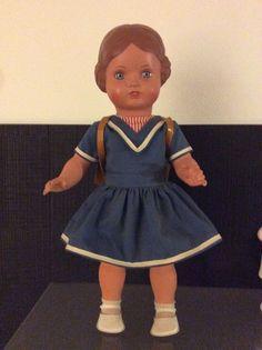 1 of 2: Schildkröt Puppe Bärbel 46 / 1980  - Replica Serie mit  Kleidung
