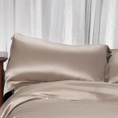 Aus Vio Mulberry Pillowcase