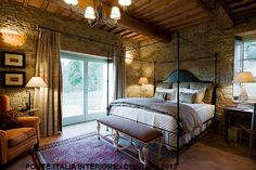 Exquisite #bedroom by #PorteItalia in a #castle in #Tuscany. Learn more at www.porteitalia.com and download our pdf catalog. #bespoke #handmede #madeinItaly #interiordesign #homedecor #design #bed #Italy