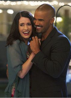 Paget Brewster & Shemar Moore