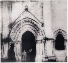 Proust visiting churches...