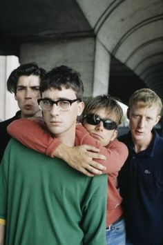 Alternative shot of Blur from an NME show, taken in Hammersmith on 22 August 1995, by Kevin Cummins?