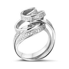 Dancing Lady Collection | 0.85 ct Pave Diamond Design Ring in White Gold 18K | www.baunat.com